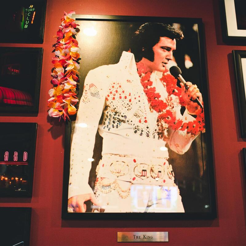 Picture of Elvis on the wall