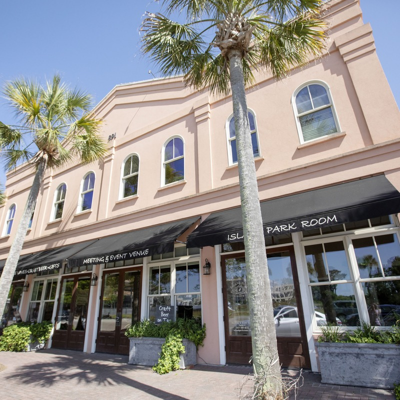 Daniels Island Charleston Sc: Laura Alberts Tasteful Options