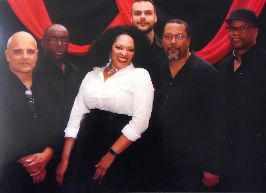Dinner & Live Music: Angelena Hightower & The Unit event photo