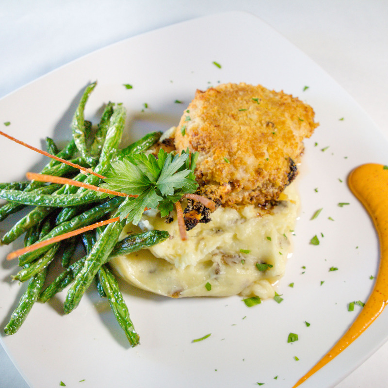 panko crusted pork chop with mascarpone mashed potatoes and green beans