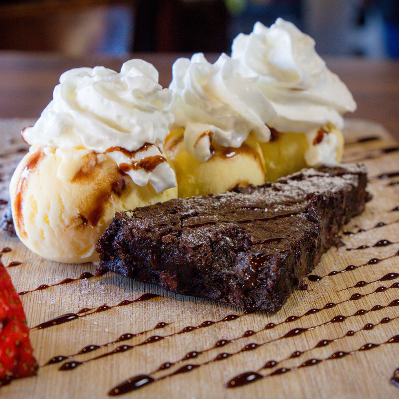 Ghirardelli triple chocolate, brownie a la mode