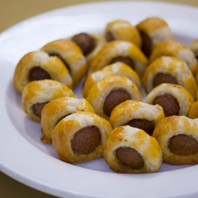 Sausage bites with dough