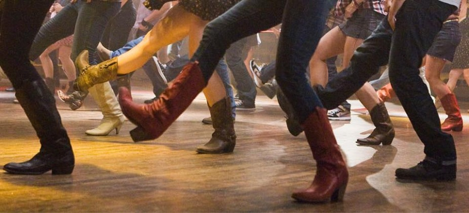 Monday Night Line Dancing Lessons event photo