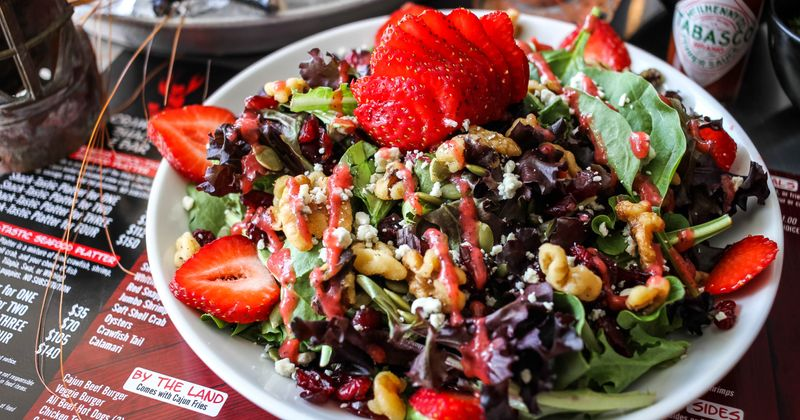 Spring Mix Salad with Strawberry