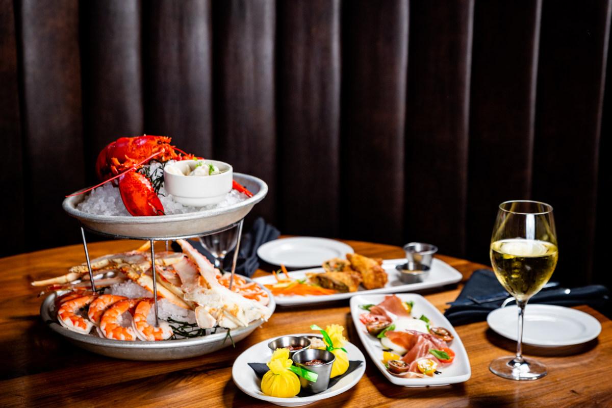 lobster, king prawns, white whine
