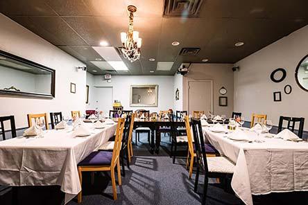 Andiamo Italiano dining room