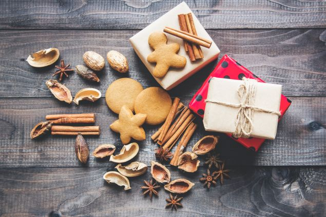 Cookies presents and spices