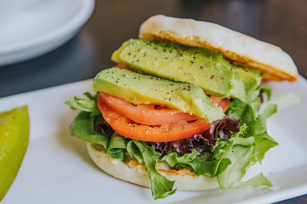 Burger with mixed salad