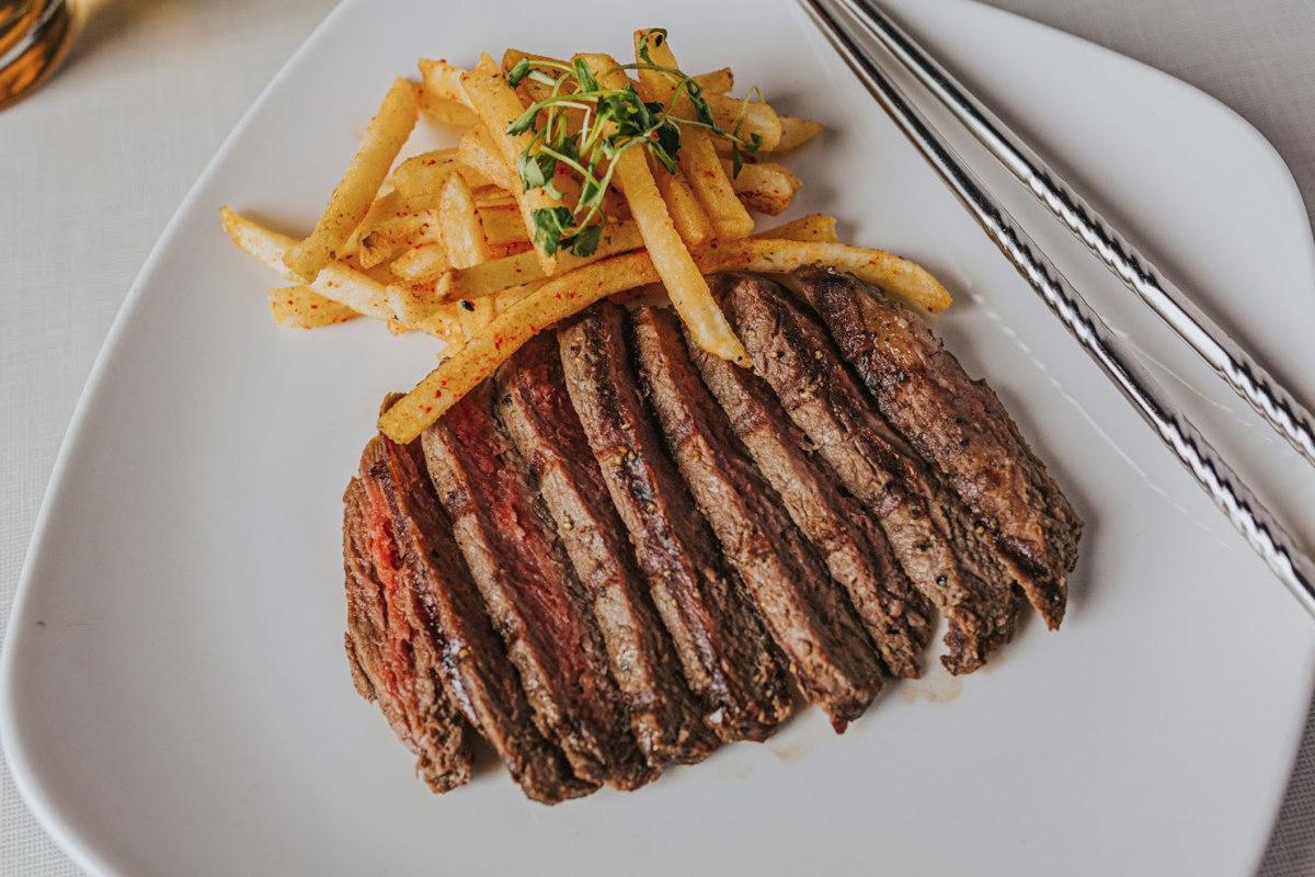 Steak with togarashi Frites
