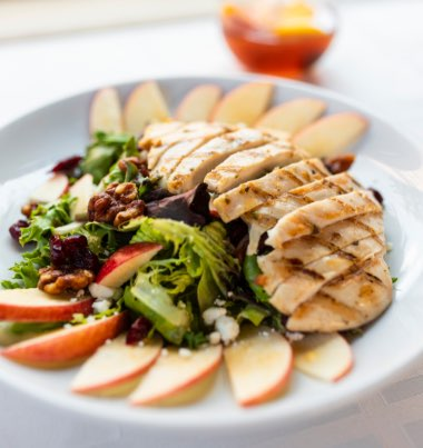 sliced grilled meat, mixed vegetables