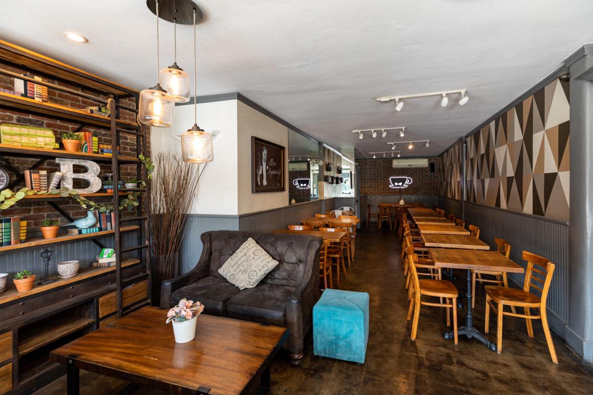 Interior, seating area, cozy atmosphere