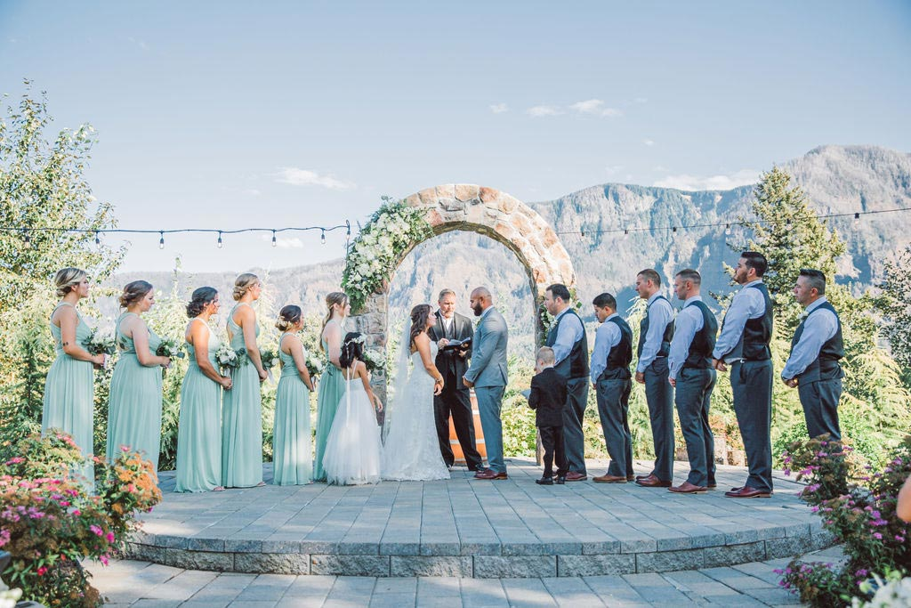Wedding under the arch