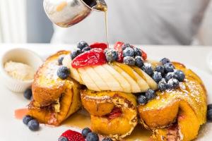 Fruit dessert, syrup on top