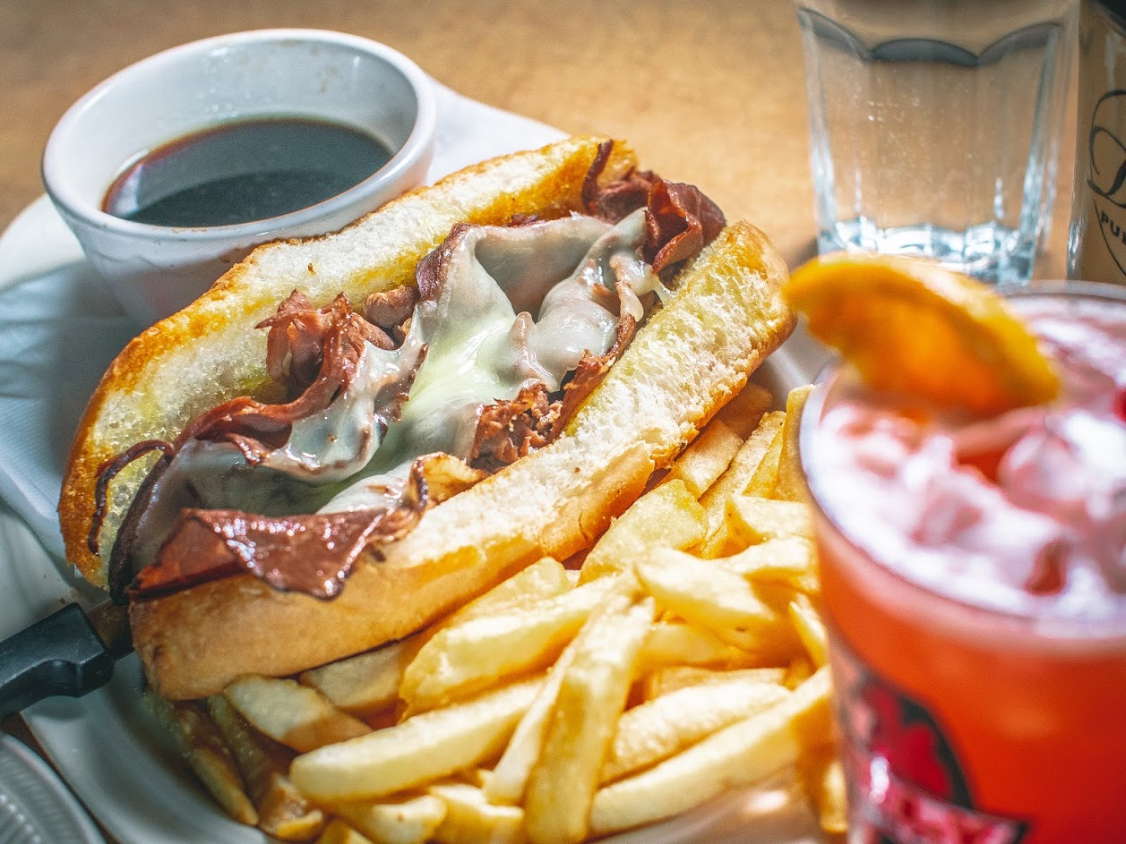 FRENCH WITH DIP FRIES