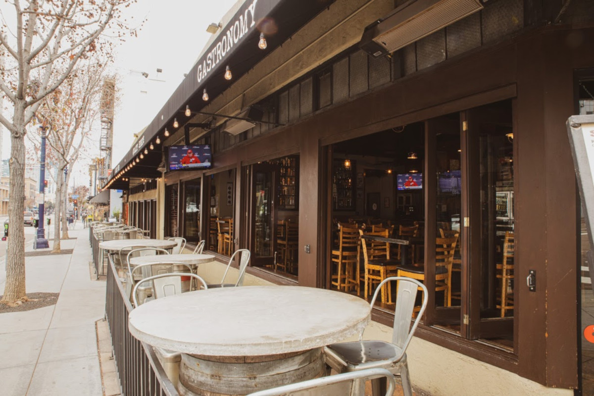 Restaurant garden patio