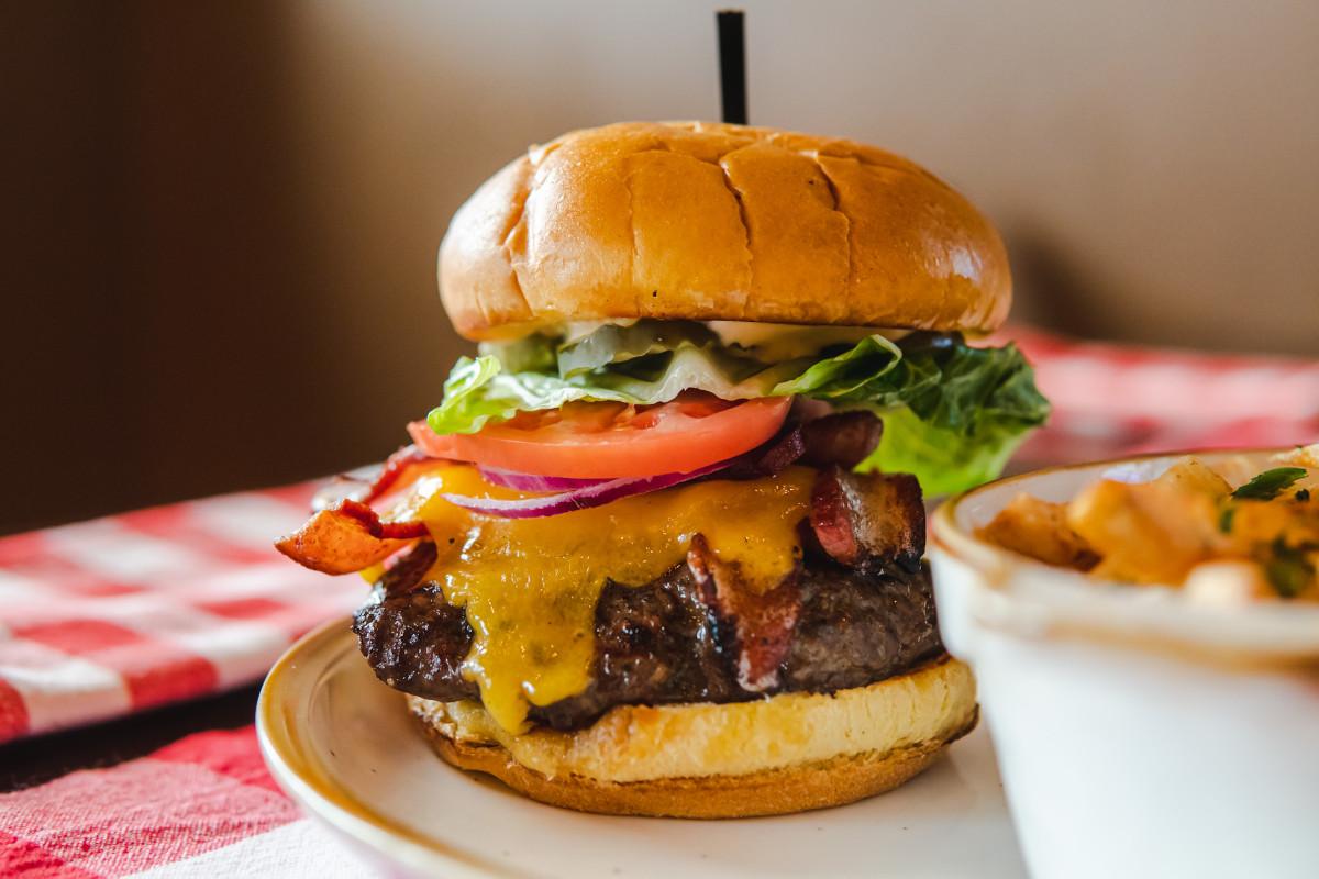 bacon cheeseburger
