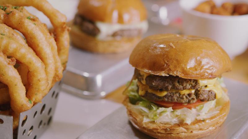 burger, onion rings