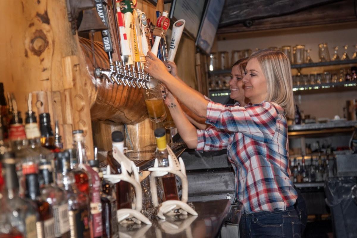 Gilberts Bar Tenders