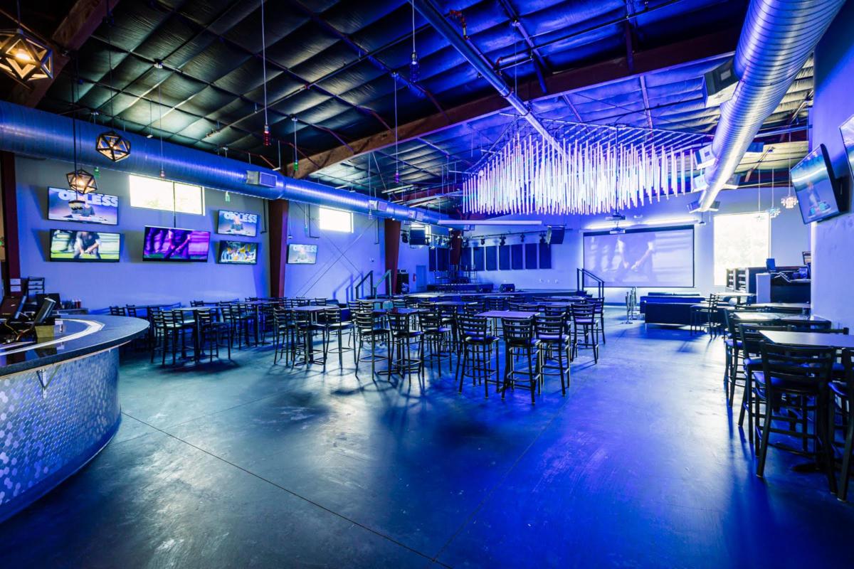 interior, bar, closeshot