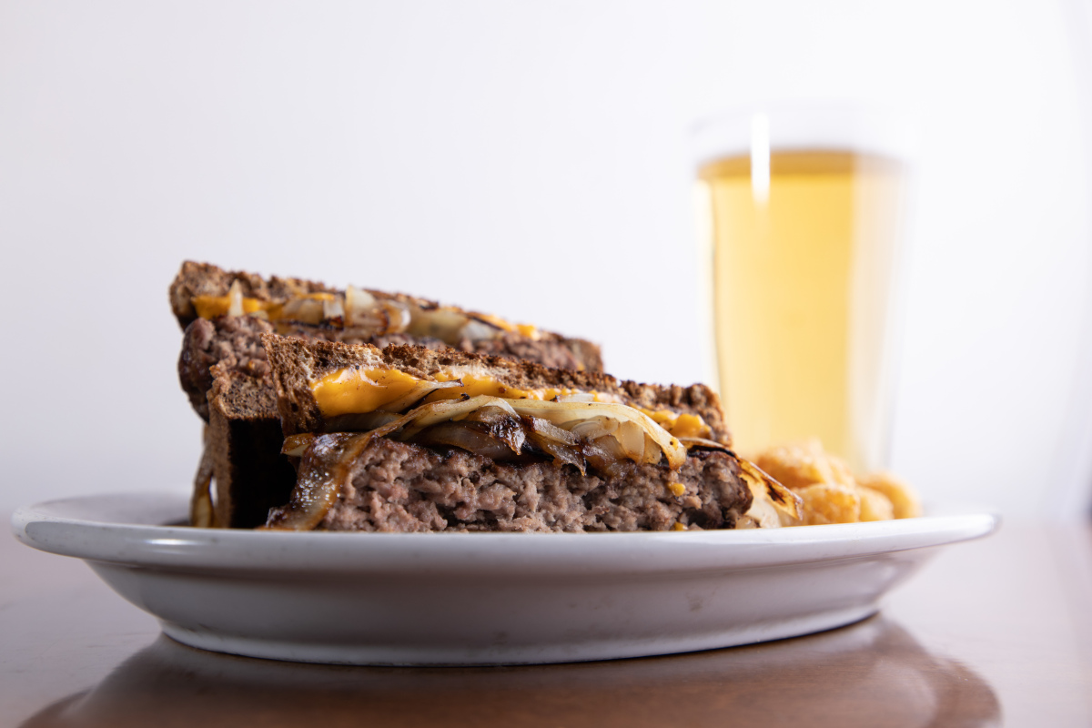 patty melt with beer