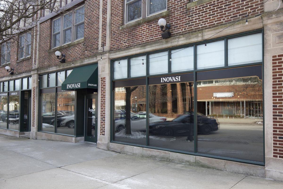 Restaurant exterior, main entrance