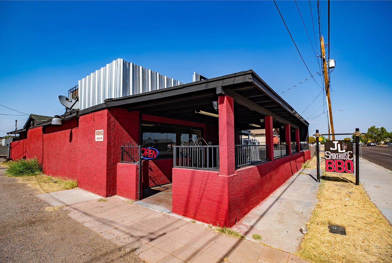 JL Smokehouse restaurant