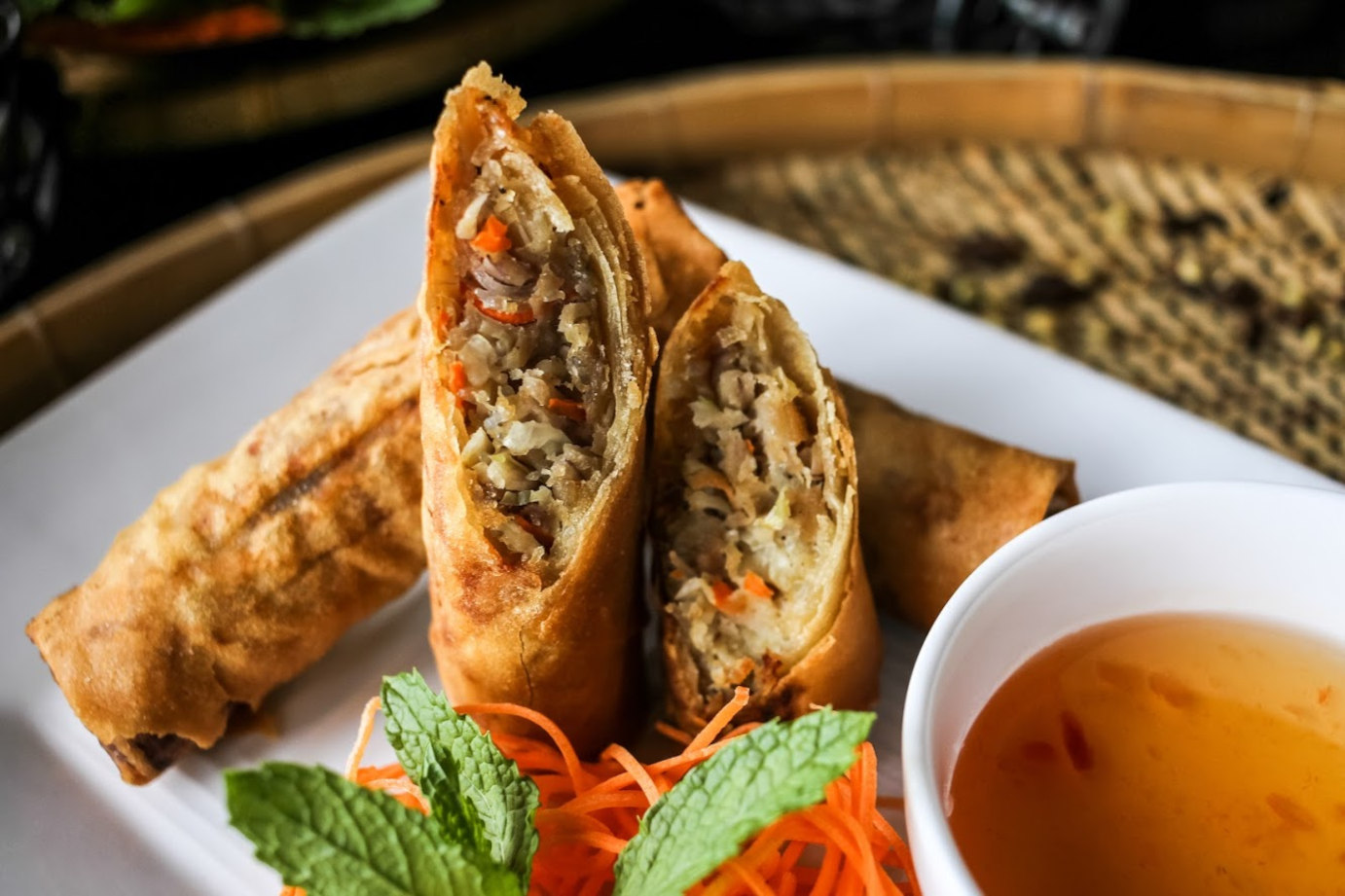 Pastry filled with rice, meat and vegetables