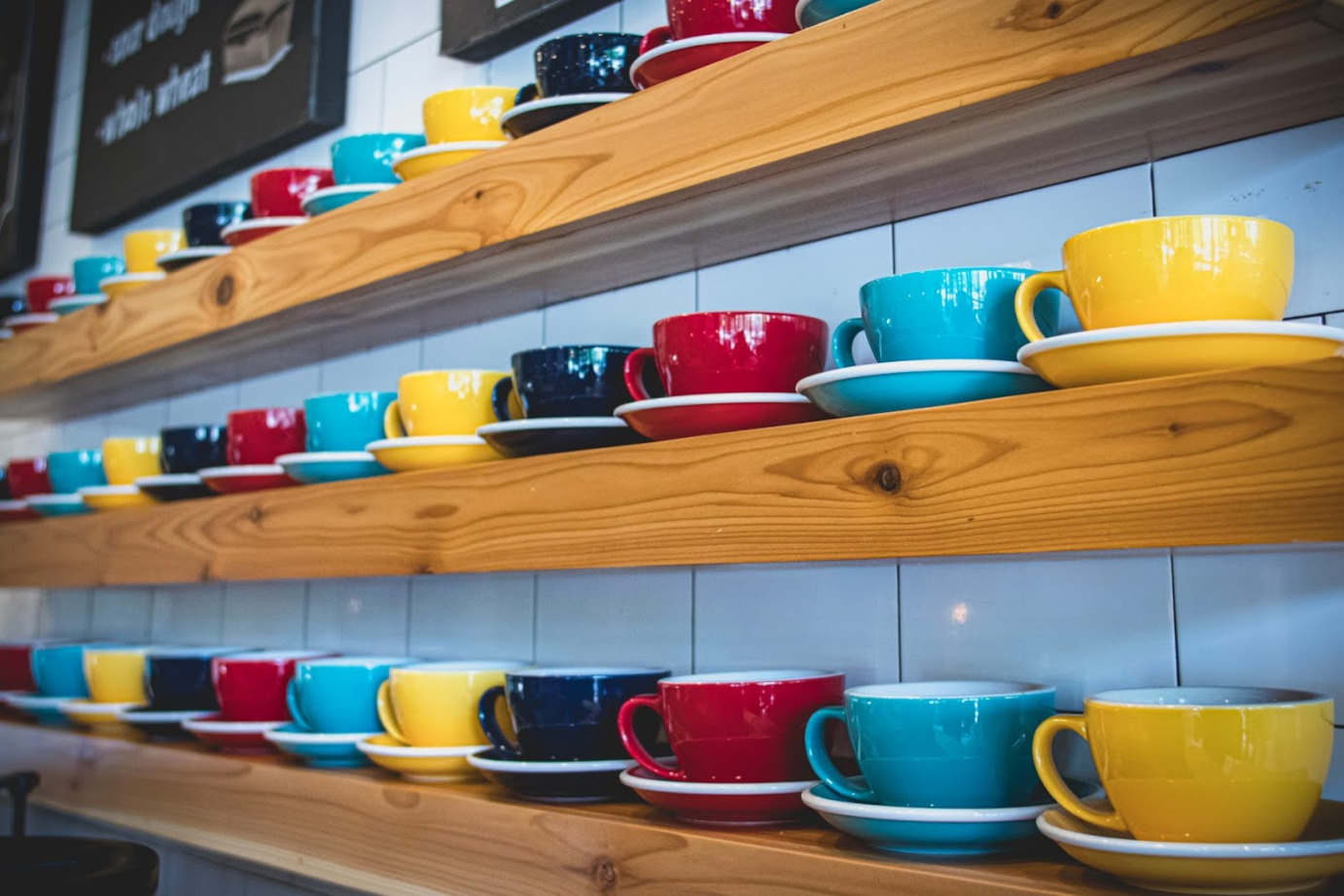 Coffe cups on shelves