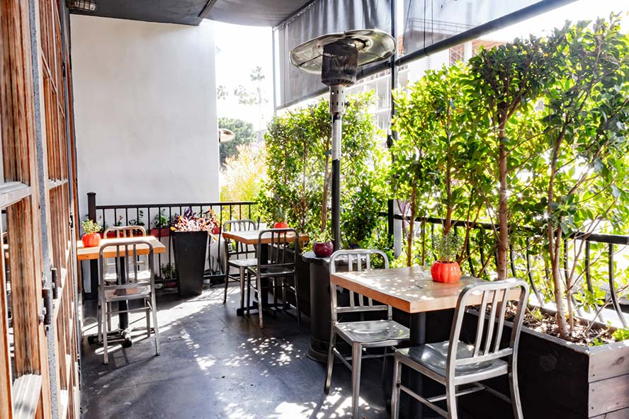 hollywood location restaurant photo