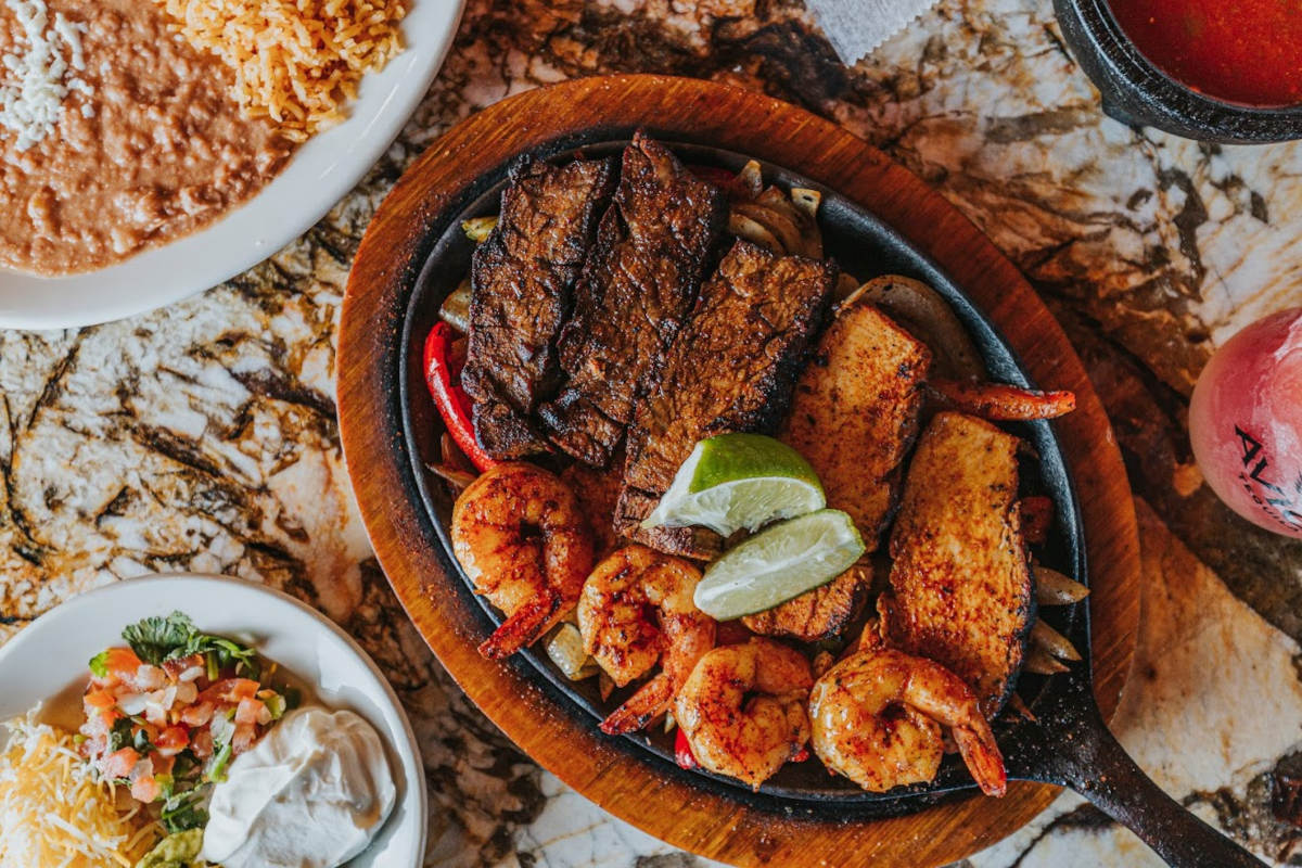 Grilled meat and shrimps