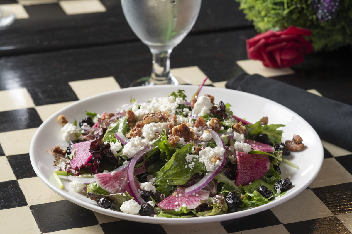 royal garden salad
