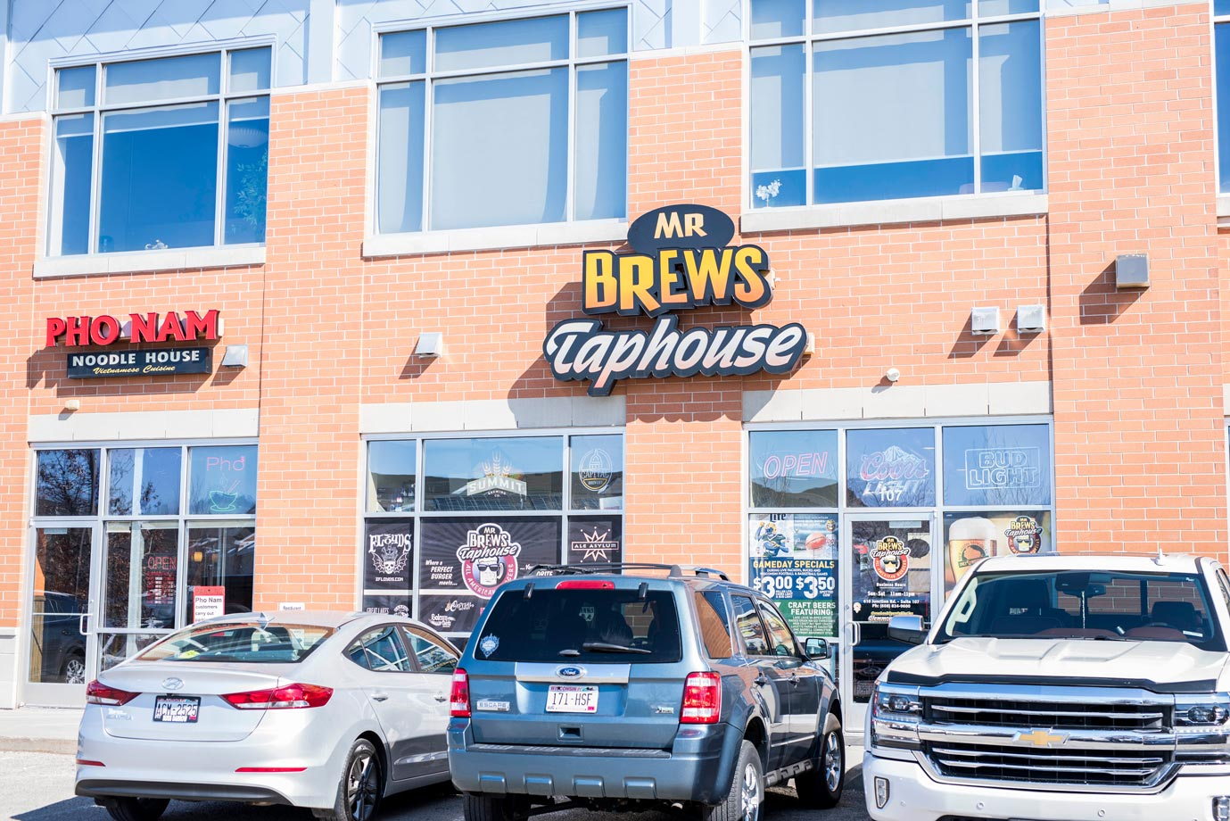 Mr Brews Taphouse, exterior