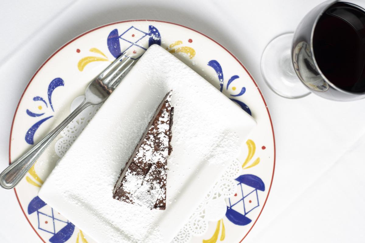 chocolate cake, wine