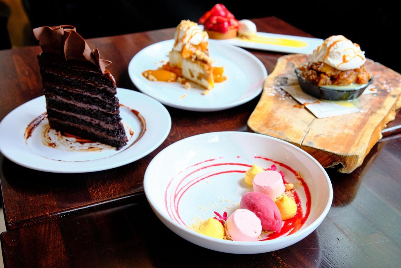 group dessert