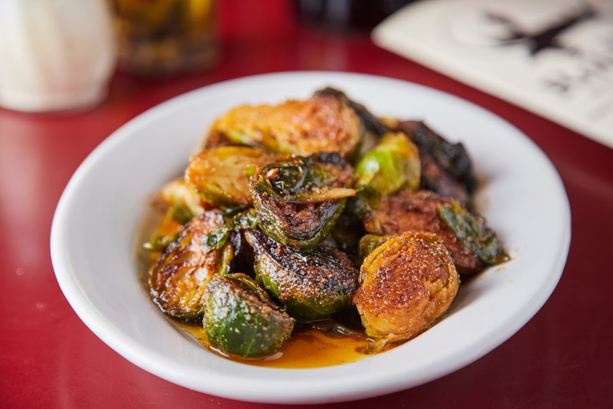 Grilled vegetables with sauce and spices