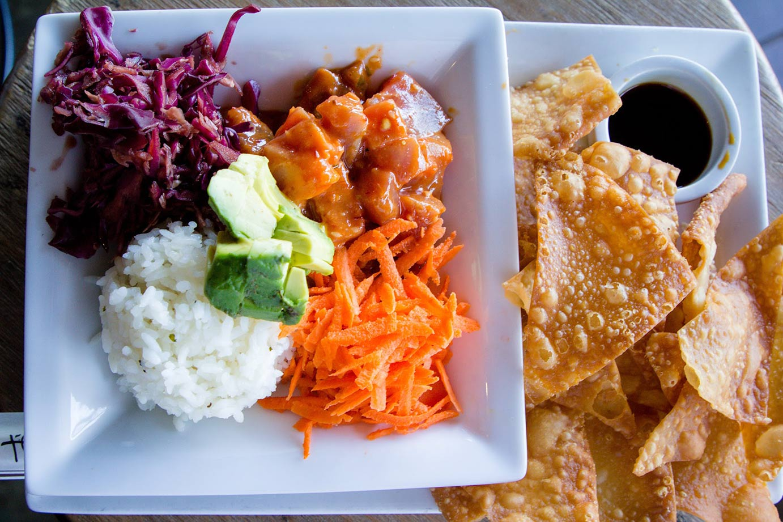 salad with nachos food photo