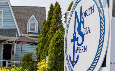 North Sea Tavern exterior sign