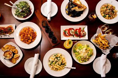 Osteria Nino Table