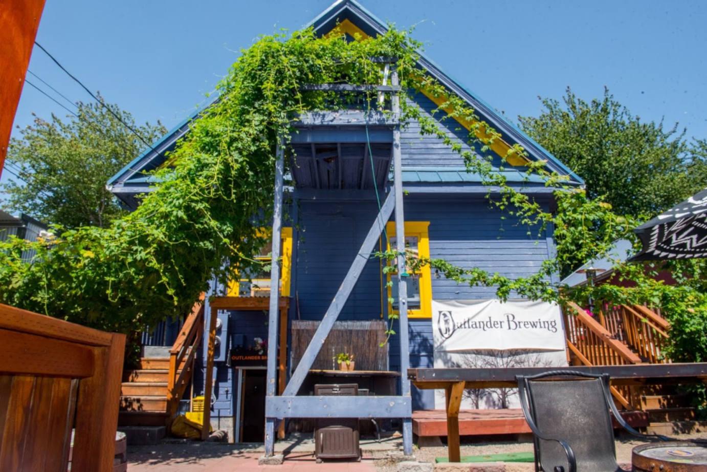 Outlander Brewery & Pub exterior