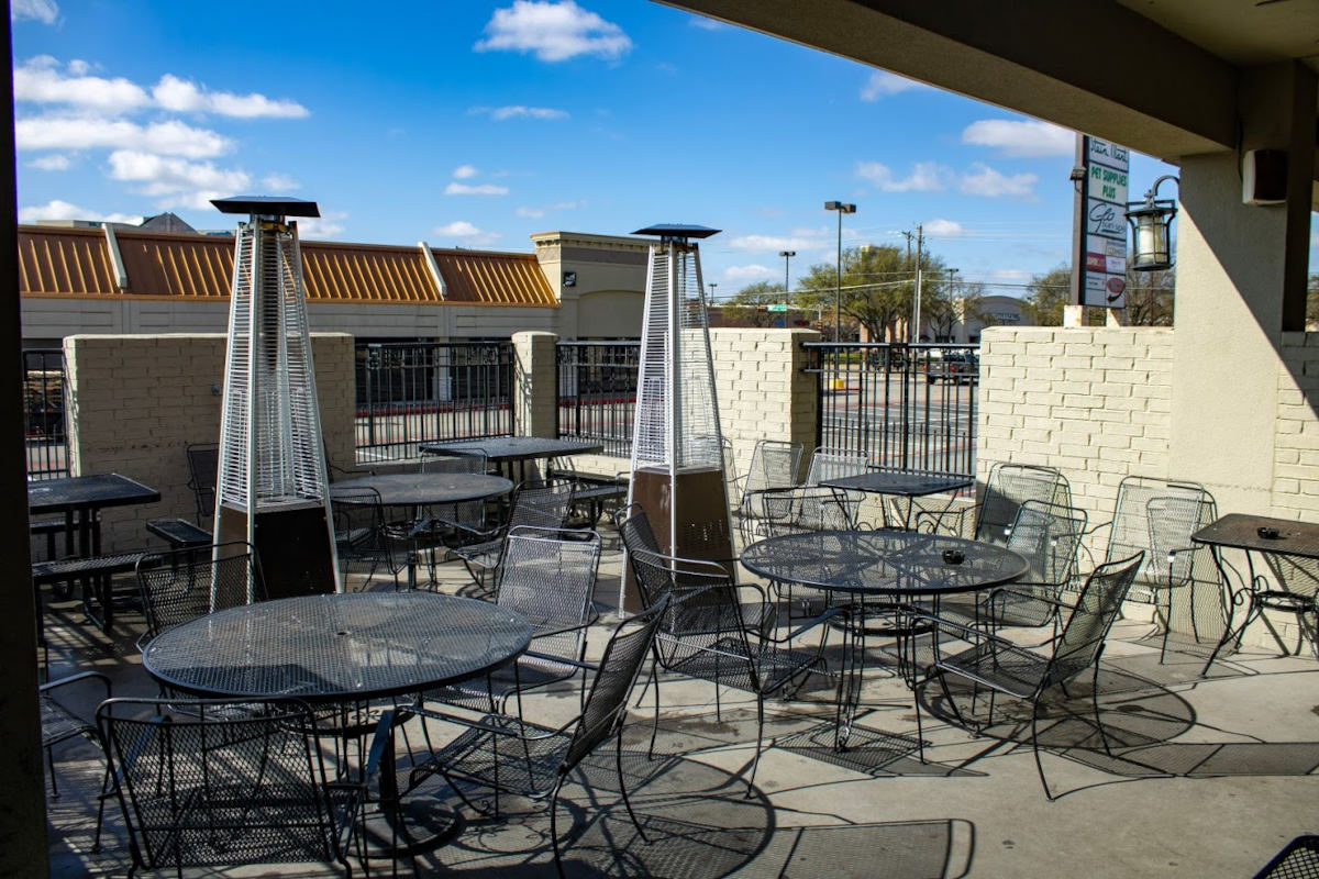 Exterior, patio