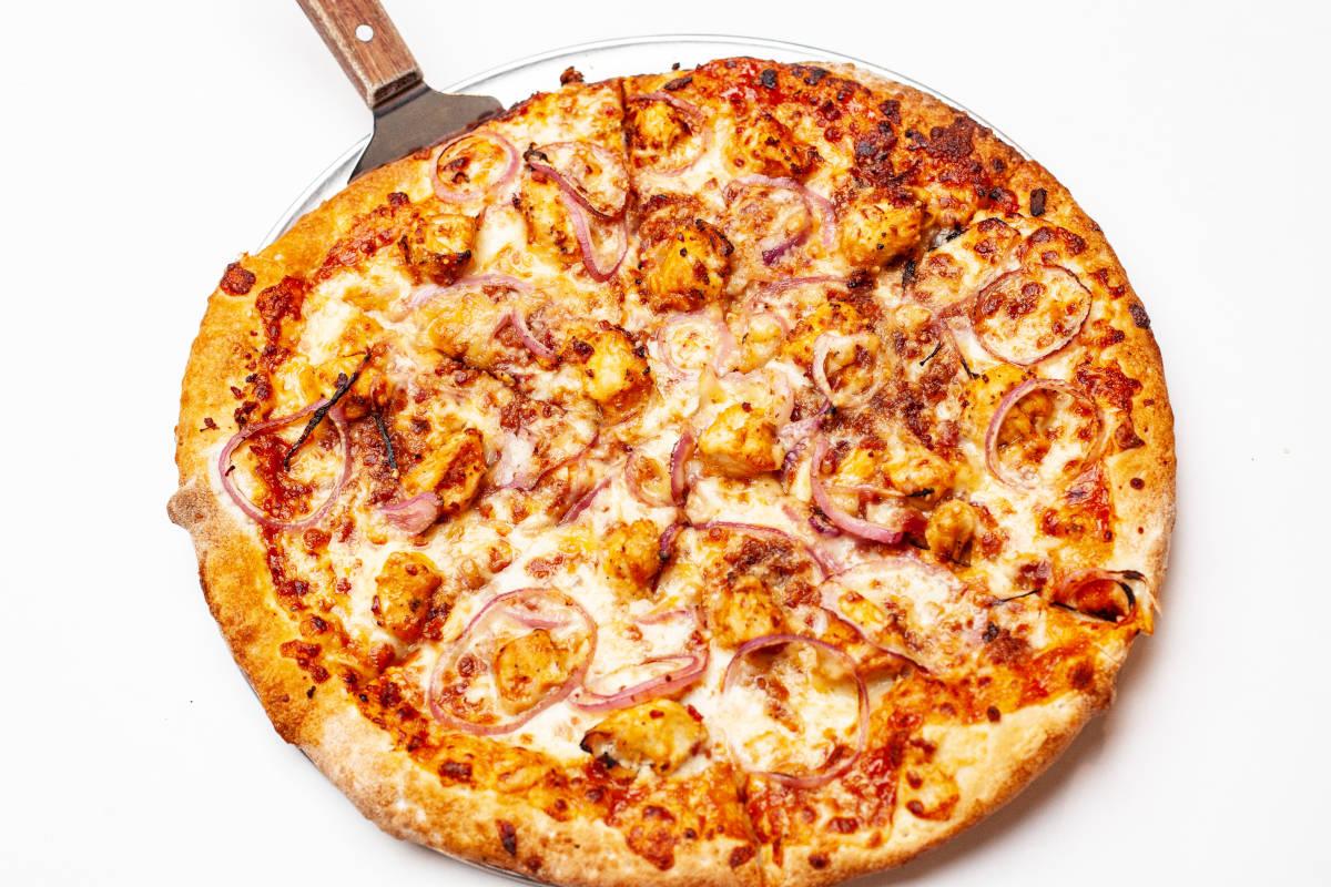 Kazoos BBQ chicken pizza
