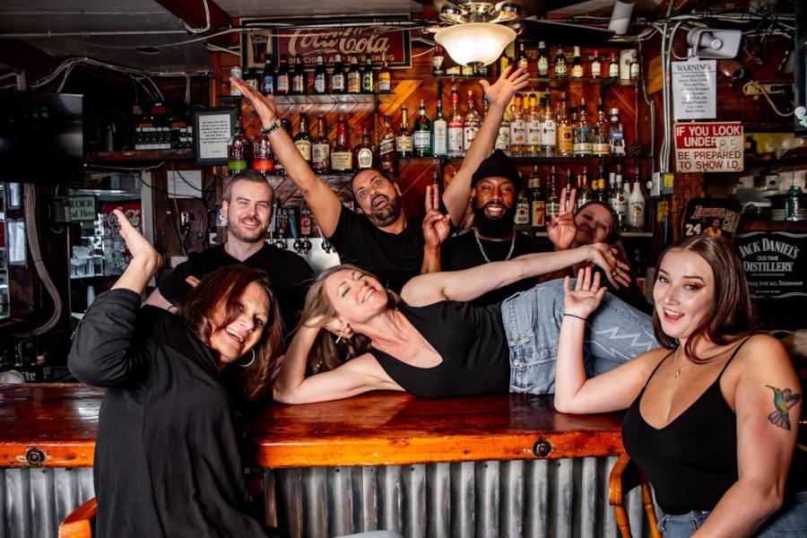 bartending staff, bar