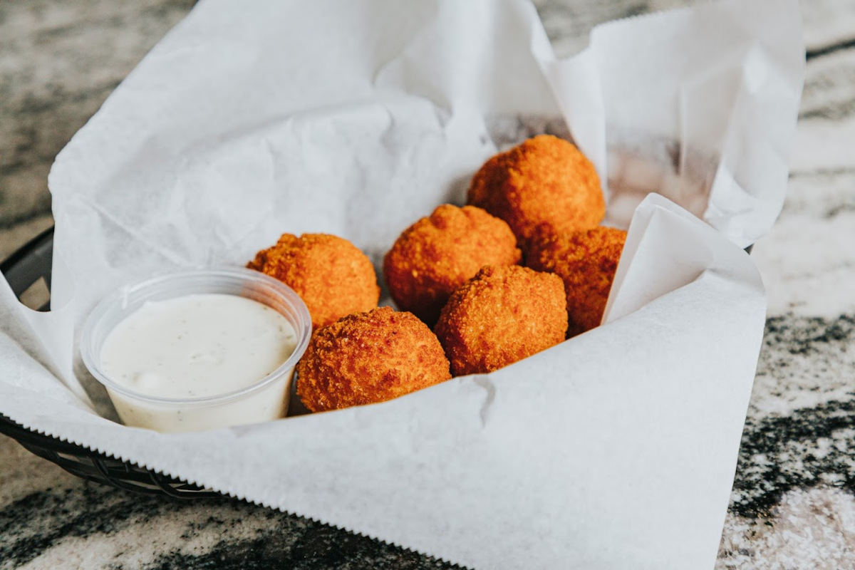 Nuggets and dip