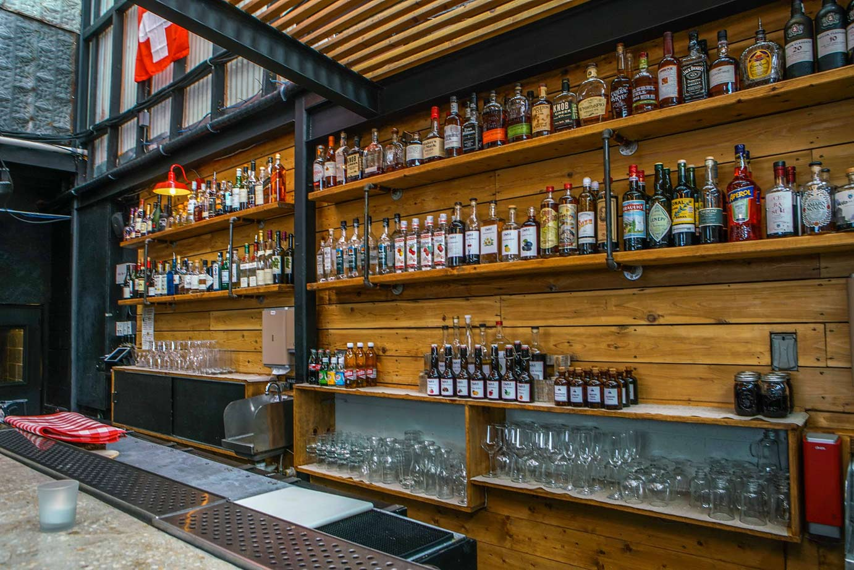 restaurant bar photo