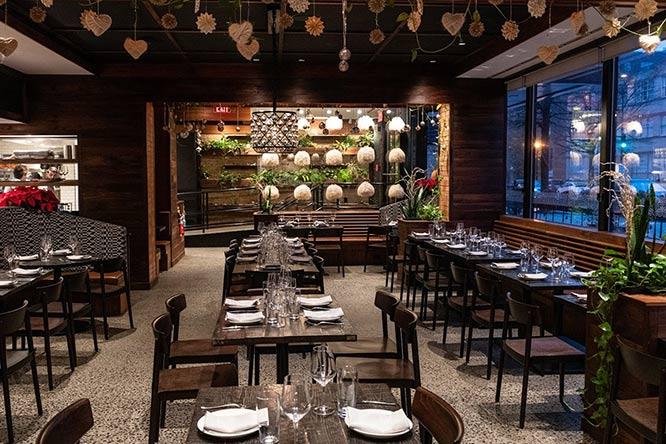 Supra restaurant dining room