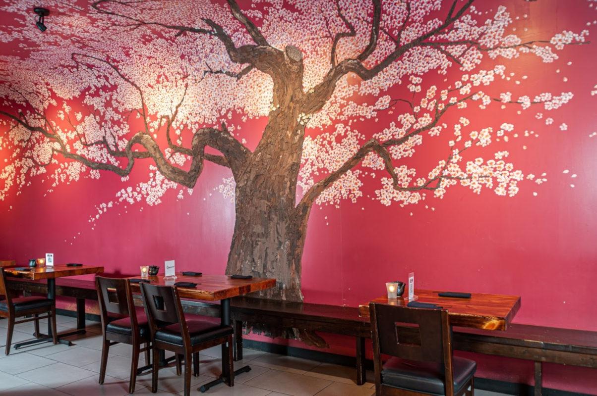 Izumi Interior, wall decoration
