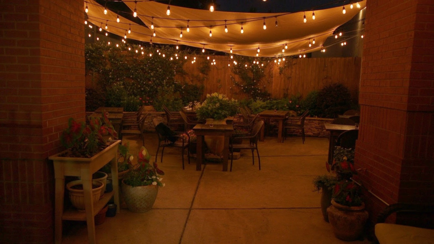 Outdoor patio, lights
