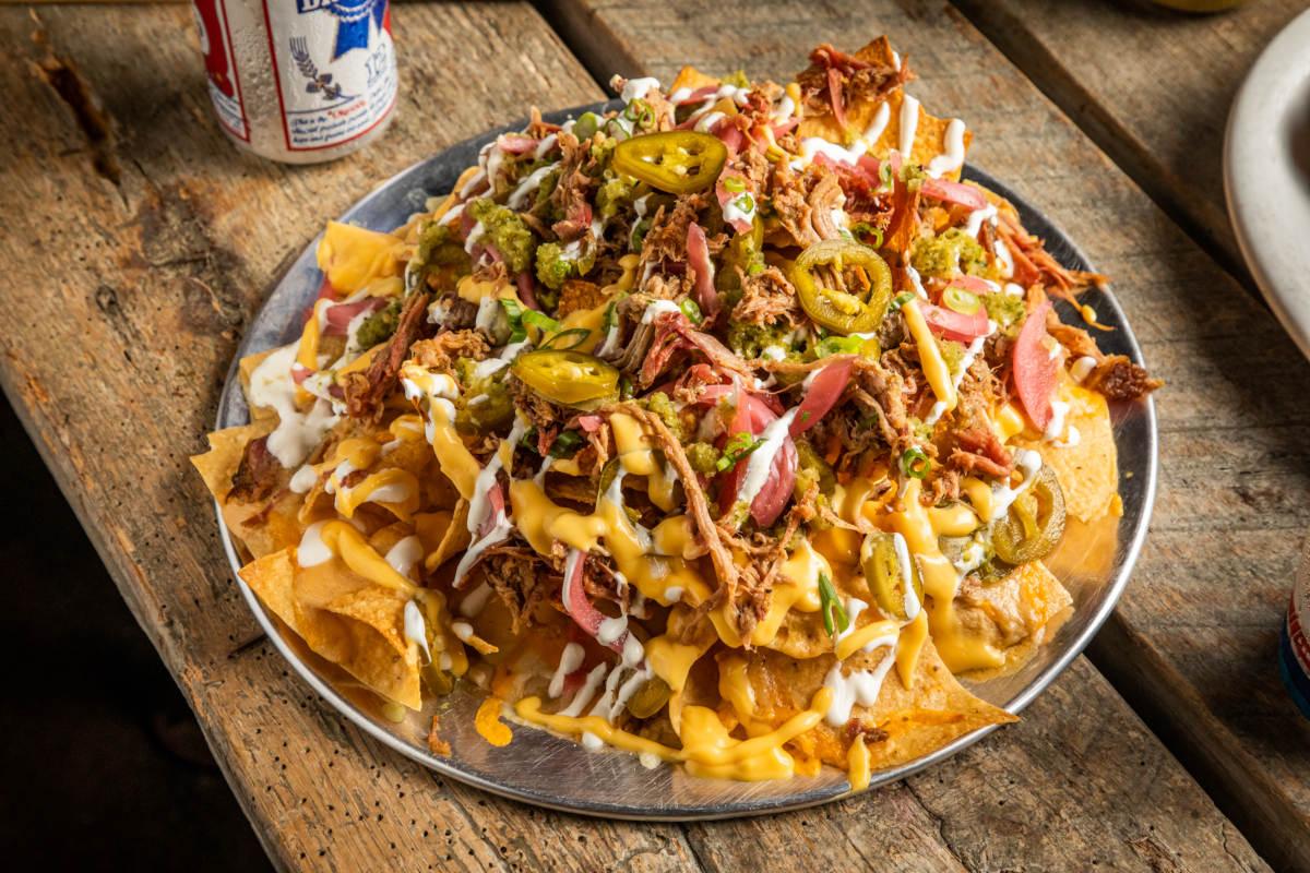 brisket, nachos