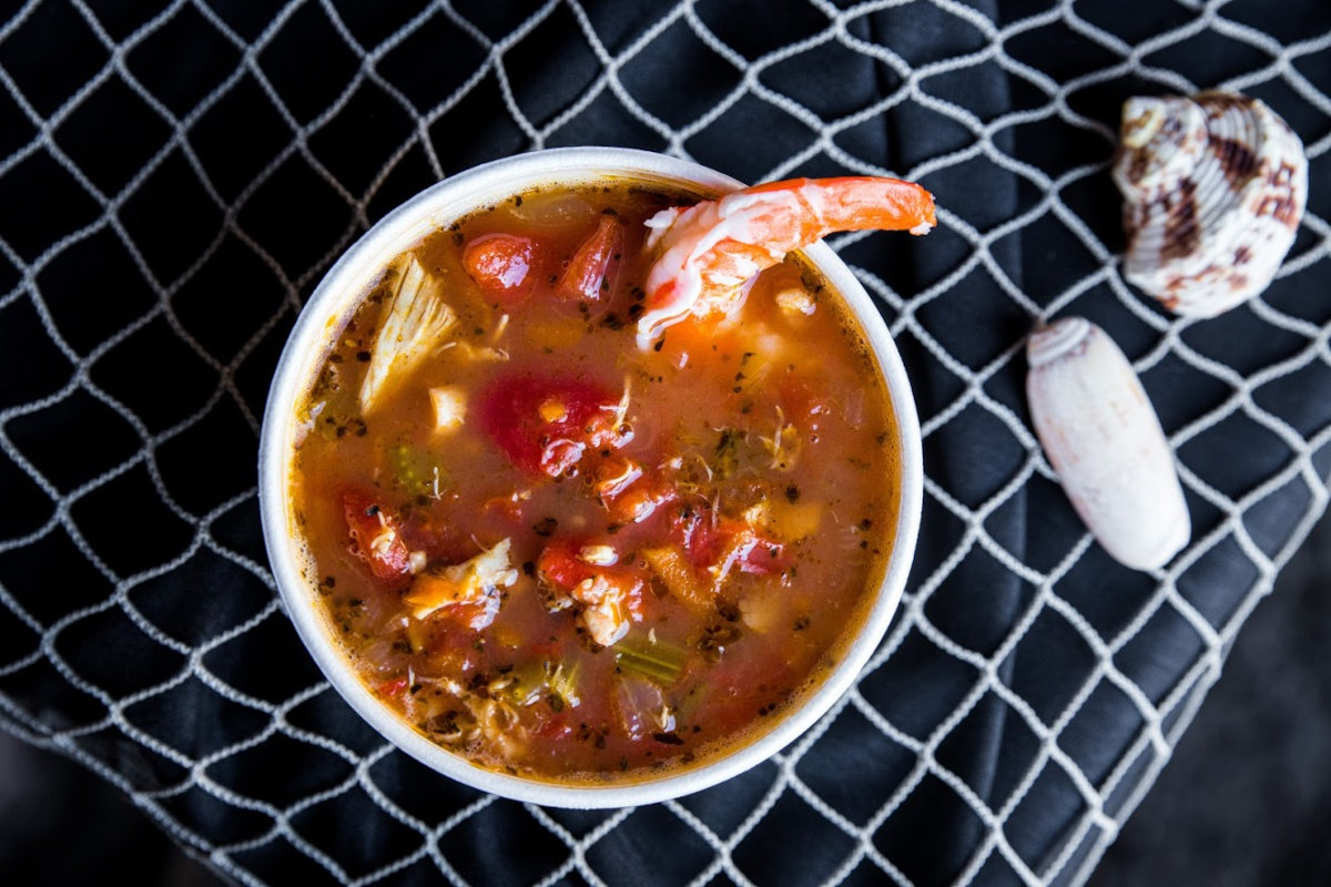 Stew with seafood and vegetables