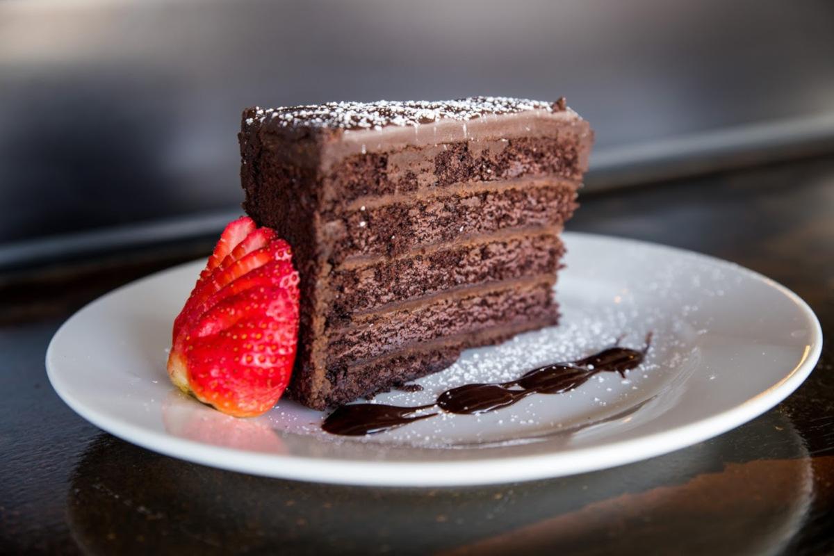 5 layer chocolate cake